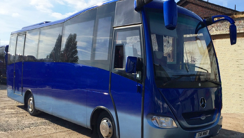 Thandi Minibus